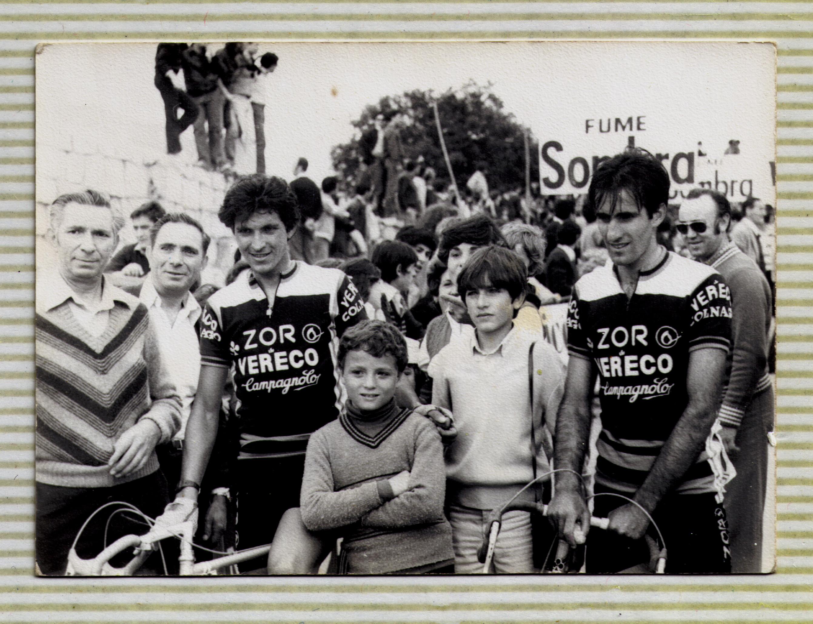 Eduardo Chozas, 1980 Equipo Zor-Vereco (19 años) Vuelta a España 1980 tras acabar en los Ángeles de San Rafael con Mi padre, mi tío, mis primos y Pedro Muñoz