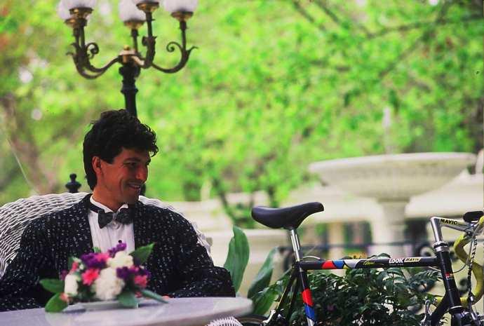 Foto de 1990 con la bici Look KG-96 grupo Mavic de 1990