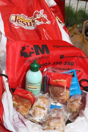 Regalos de Productos Jesús, de la Agencia Antidroga de la Comunidad de Madrid, Galius, X-Sauce: líquido antipinchazos y cera líquida para la cadena